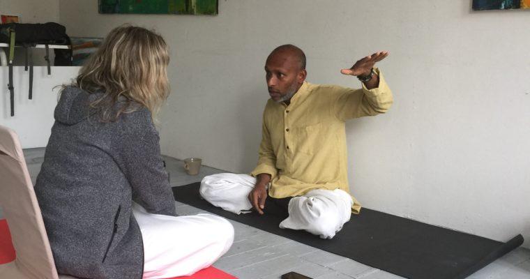 Nu har du möjlighet att boka en individuell konsultation med Govind Radhakrishnan